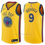 Camiseta Golden State Warriors Andre Iguodala #9 Chinese Heritage Ciudad 2017-18 Amarillo