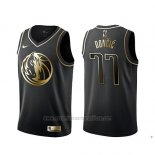 Camiseta Golden Edition Dallas Mavericks Luka Doncic #77 Negro
